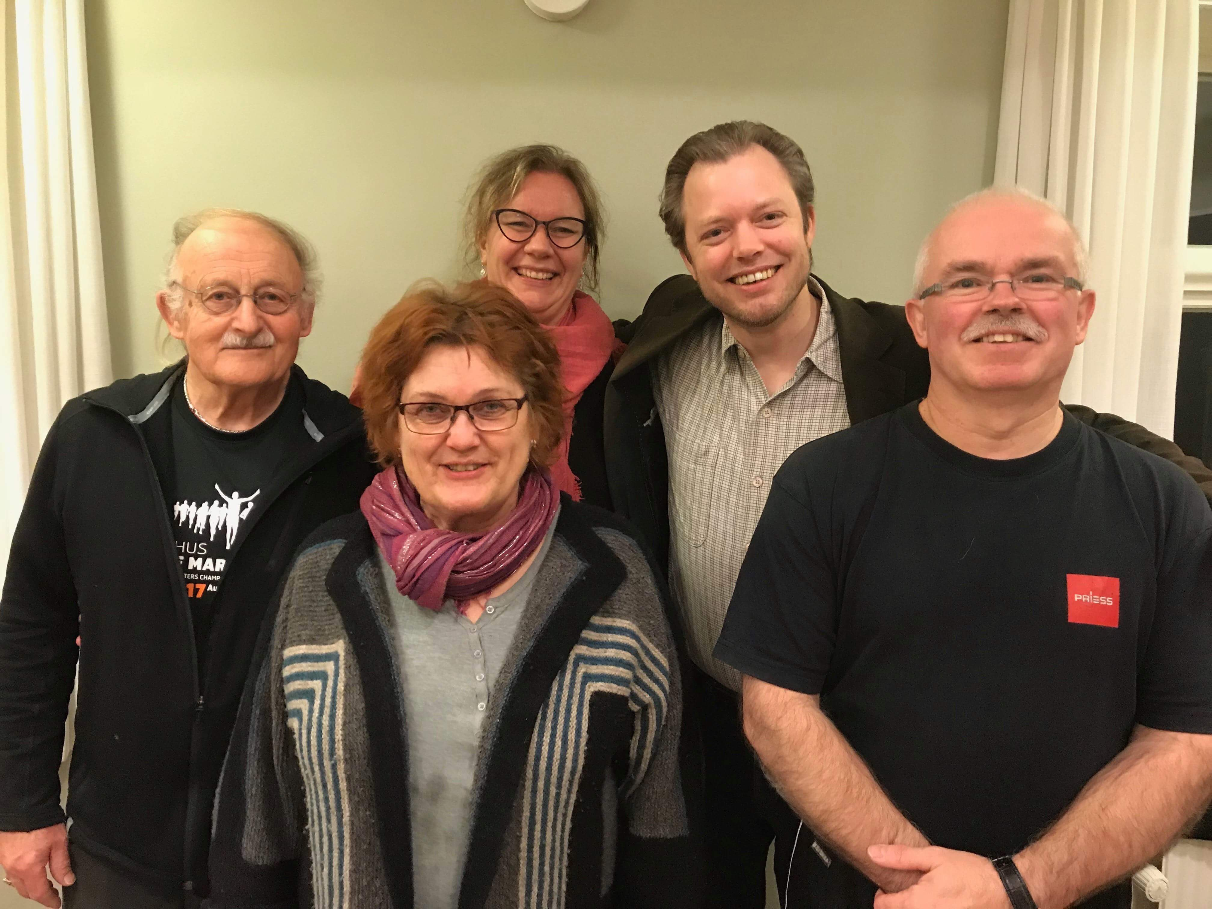 Borgerforeningens bestyrelse. Fra venstre: Holger Quist, Sigrid Tarp, Louise Brusgaard, Chr. Birkebæk, Erik Burmølle Knudsen.